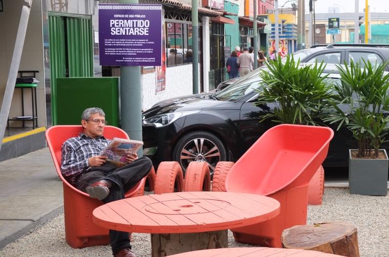 ParkletSanBorjaUSO-permitido sentarse